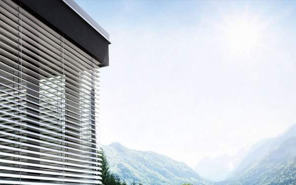 Internorm Sonnenschutz und Beschattung, Raffstore, Rollläden, Verbundfenster